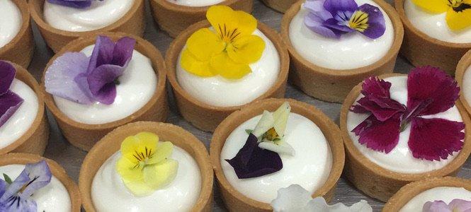 Tartaletas con flores.jpg