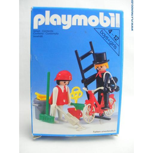 PLAYMOBIL 3576 DESHOLLINADOR Y SEÑORA DE LA LIMPIEZA (AÑO 1980) [2]