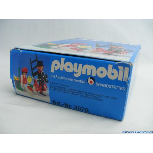 PLAYMOBIL 3576 DESHOLLINADOR Y SEÑORA DE LA LIMPIEZA (AÑO 1980) [3]