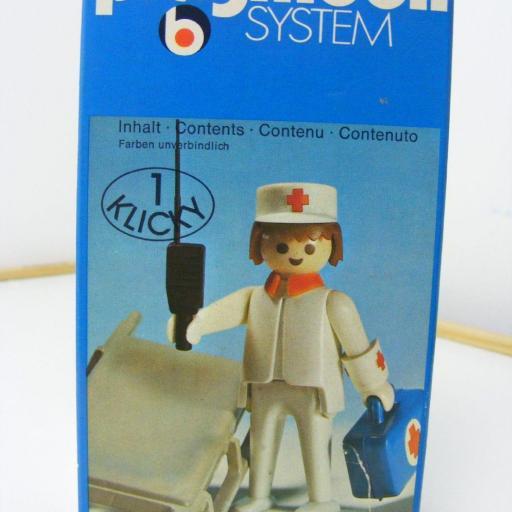 PLAYMOBIL 3361  ENFERMERO (AÑO 1976) [2]