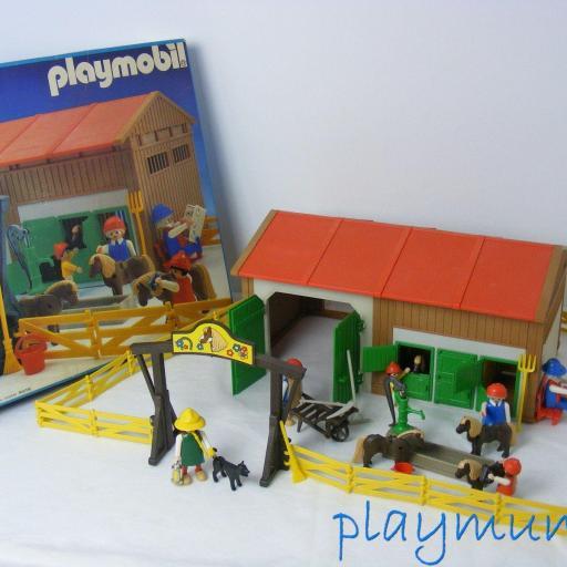 PLAYMOBIL 3436 GRANJA PONYS (VERSION 1 AÑO 1985)
