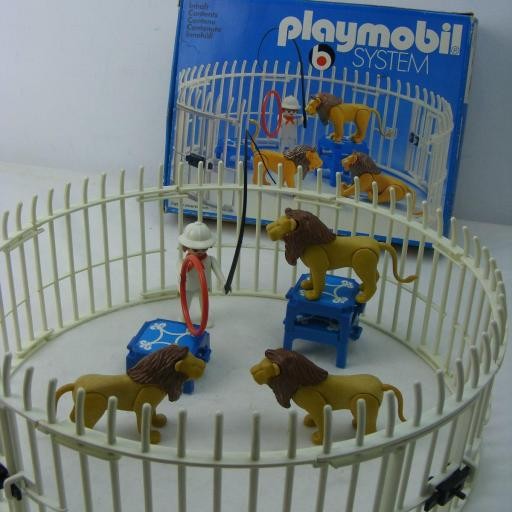 PLAYMOBIL 3517 DOMADOR DE LEONES (VERSION 1 , AÑO 1979 - 1983)