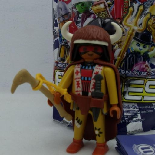 PLAYMOBIL SERIE 11 CHICOS CHAMAN INDIO