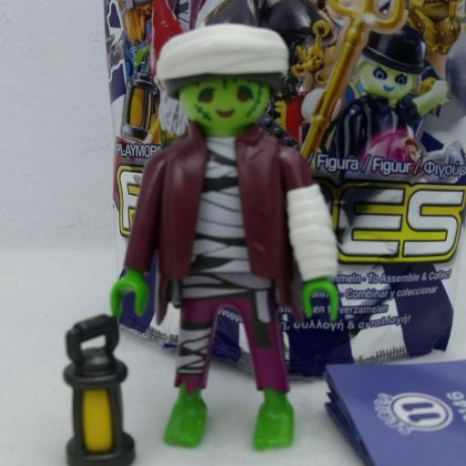 PLAYMOBIL SERIE 11 CHICOS ZOMBIE HALLOWEE