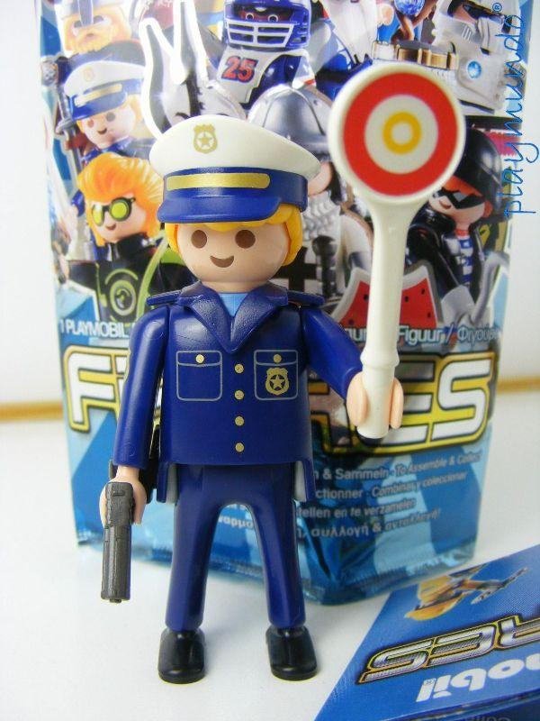 PLAYMOBIL SERIE 8 FIGURES CHICOS POLICIA