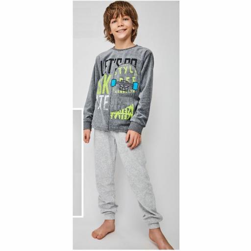 Pijama terciopelo niño adolescente de Tobogan 21228107.jpg