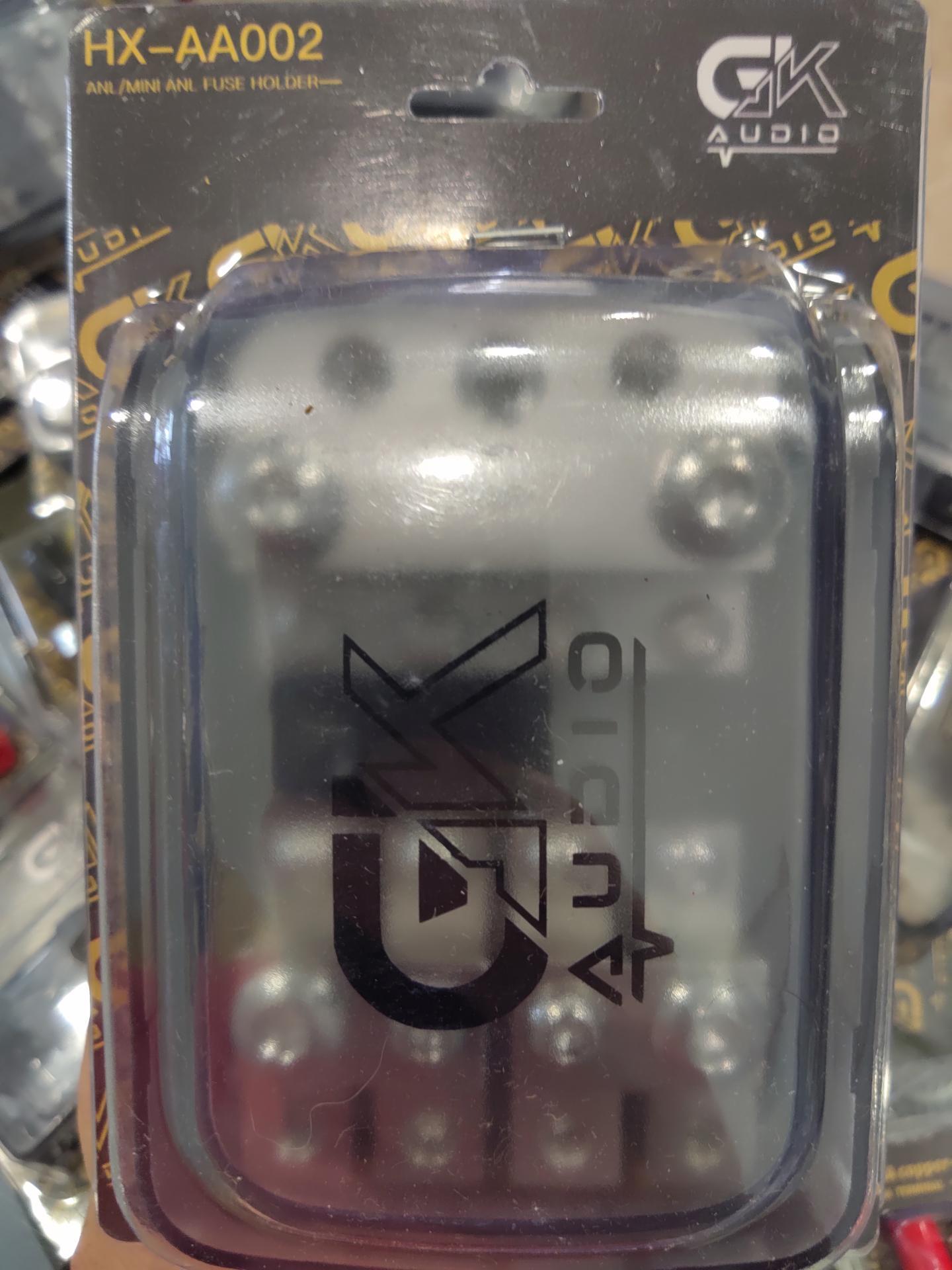 Distribuidor 4 salidas con fus Gk Audio