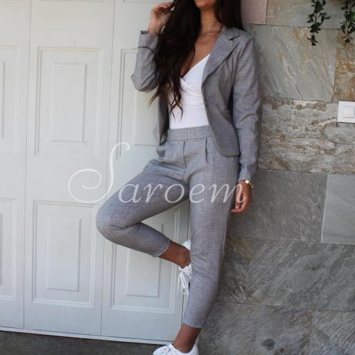 Pantalón Gris [1]