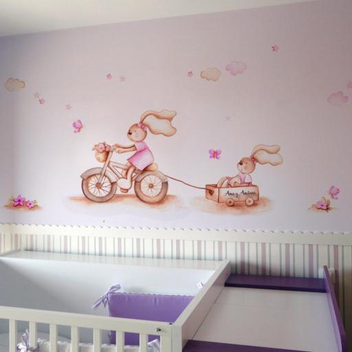 VINILO INFANTIL: Conejitas con bici y carro [0]