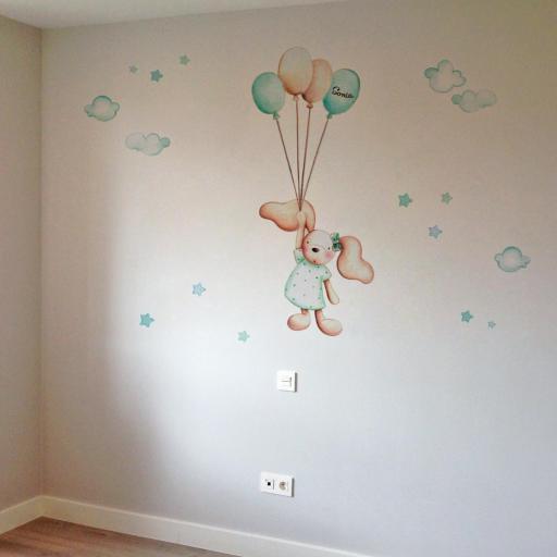 VINILO INFANTIL: Conejita con globos