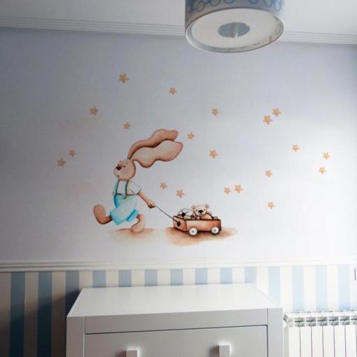 VINILO INFANTIL: Conejito con carro de juguetes y estrellitas beige [0]