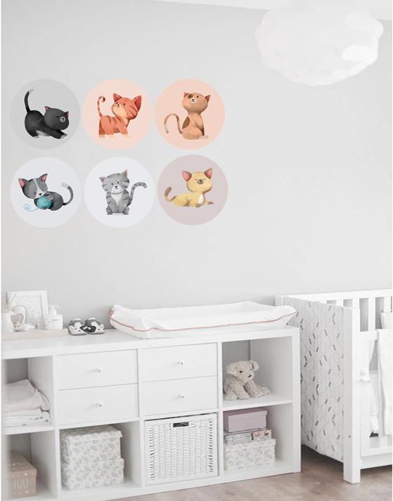 VINILO INFANTIL: 6 vinilos redondos de gatitos