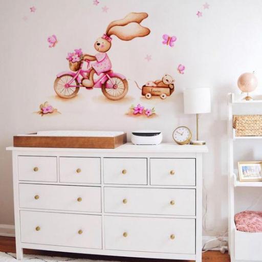 VINILO INFANTIL: Conejita con bici [0]