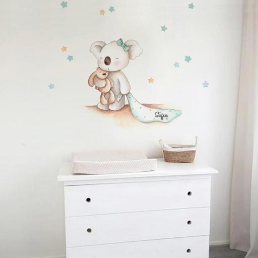 VINILO INFANTIL: Koala con lazo y mantita [0]