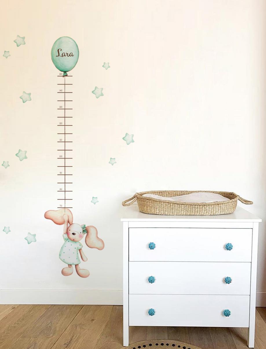 VINILO INFANTIL: Medidor conejita mint con lazo y globo