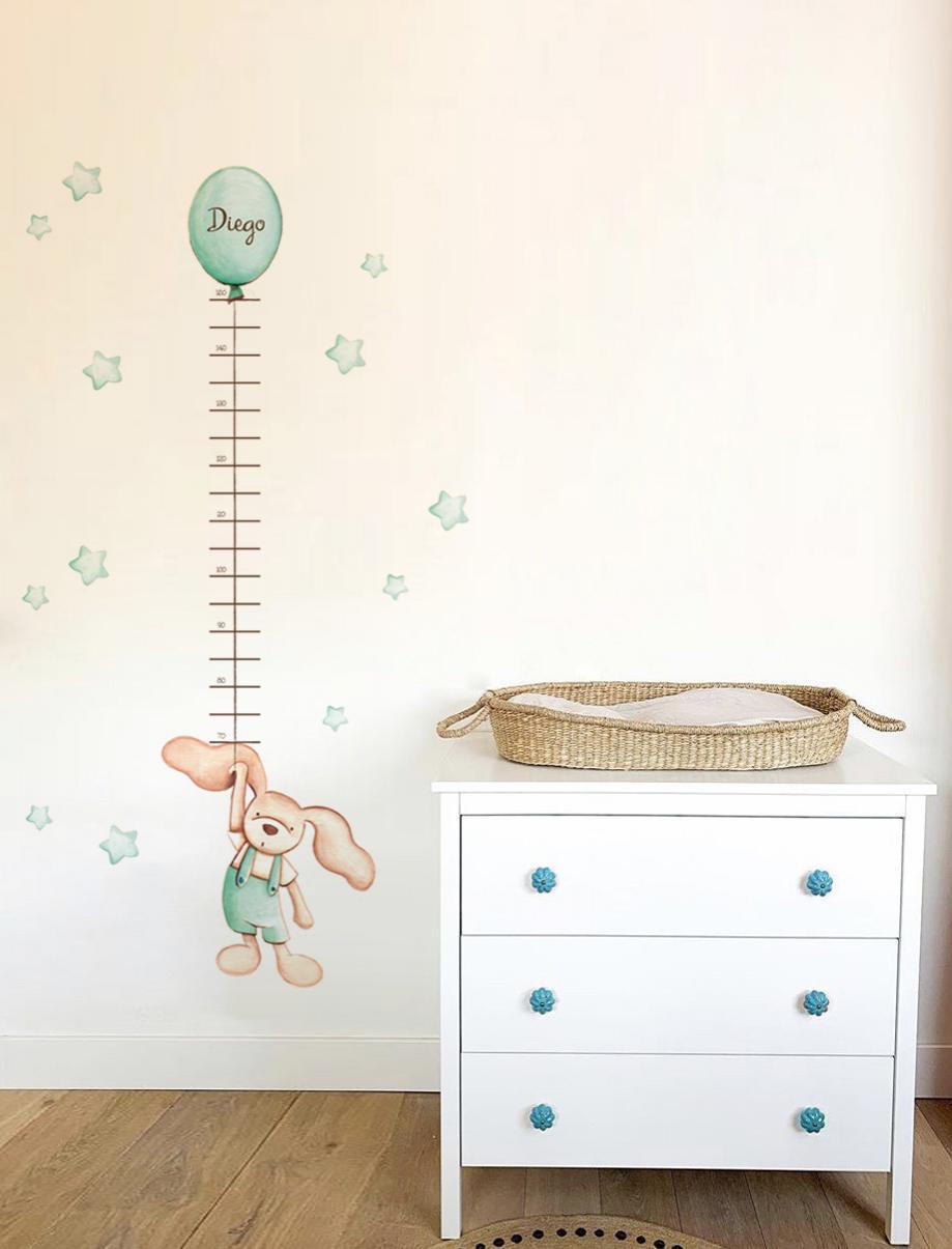 VINILO INFANTIL: Medidor conejito globo mint
