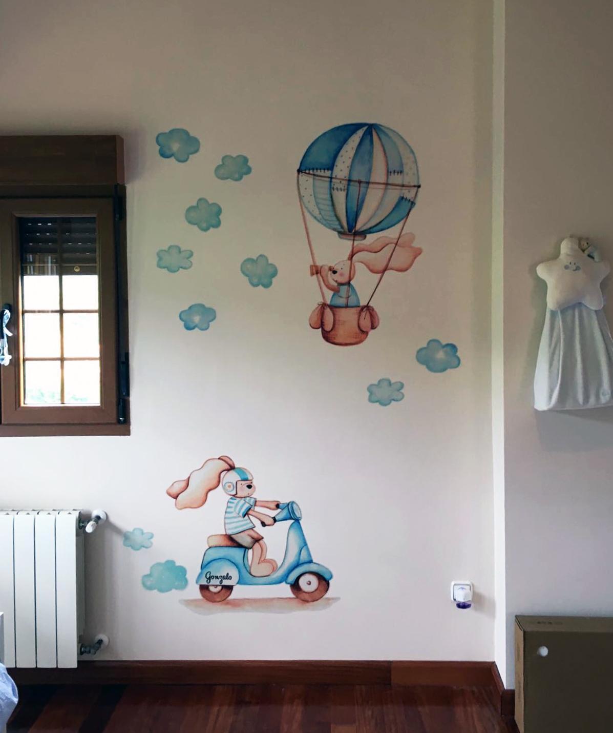VINILO INFANTIL: Conejitos en vespa azul y globo
