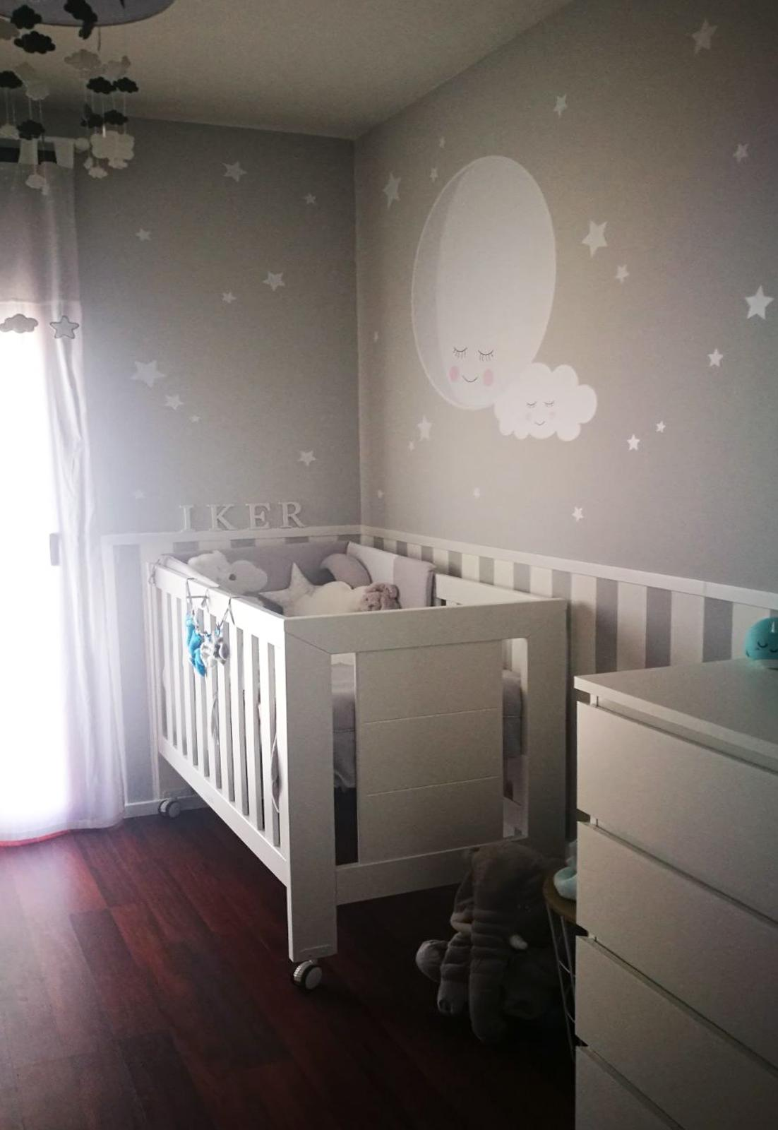 VINILO INFANTIL: Luna con nube y estrellitas