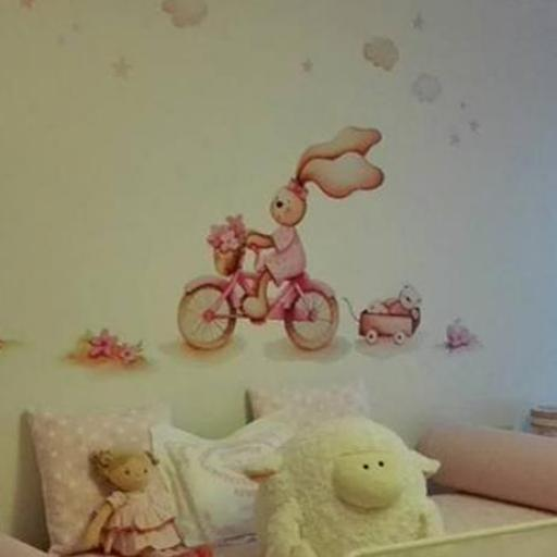 VINILO INFANTIL: Conejita con bici [2]