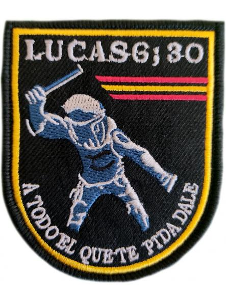 Policía nacional local municipal foral mossos ertzaintza guardia civil Lucas 6:30 A todo el que te pida dale parche insignia emblema distintivo