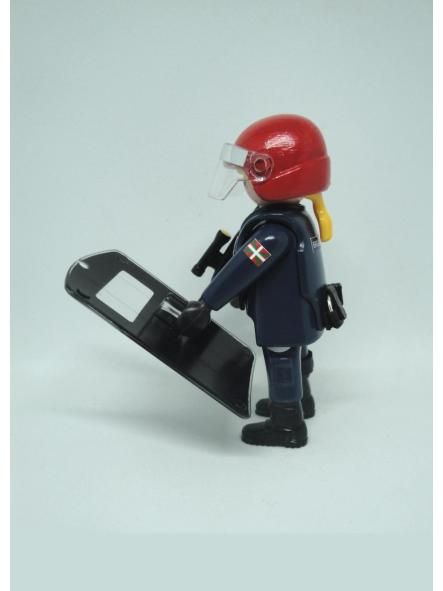 Playmobil personalizado uniforme Brigada Móvil antidisturbios Ertzaintza Policía país vasco Euskadi mujer [1]