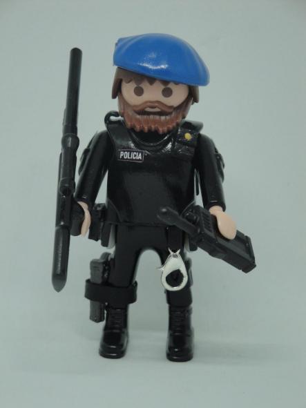 Playmobil personalizado Policía nacional CNP Goes grupo operativo especial de seguridad swat team hombre