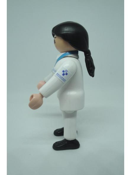 Playmobil personalizado con el uniforme de Enfermera del SESPA Servicio Asturiano de Salud mujer [1]