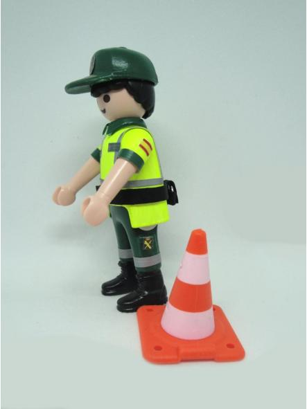 Playmobil personalizado con uniforme de la guardia civil de tráfico con cono hombre [2]
