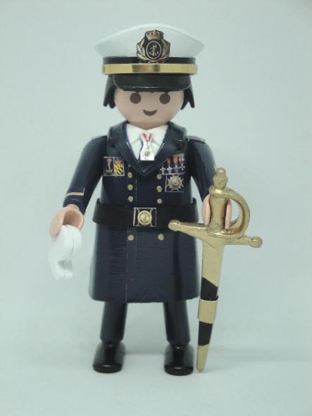 Playmobil personalizado con uniforme de gran gala de la Armada rango de alférez de marina hombre