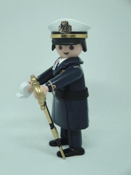 Playmobil personalizado con uniforme de gran gala de la Armada rango de alférez de marina hombre [2]