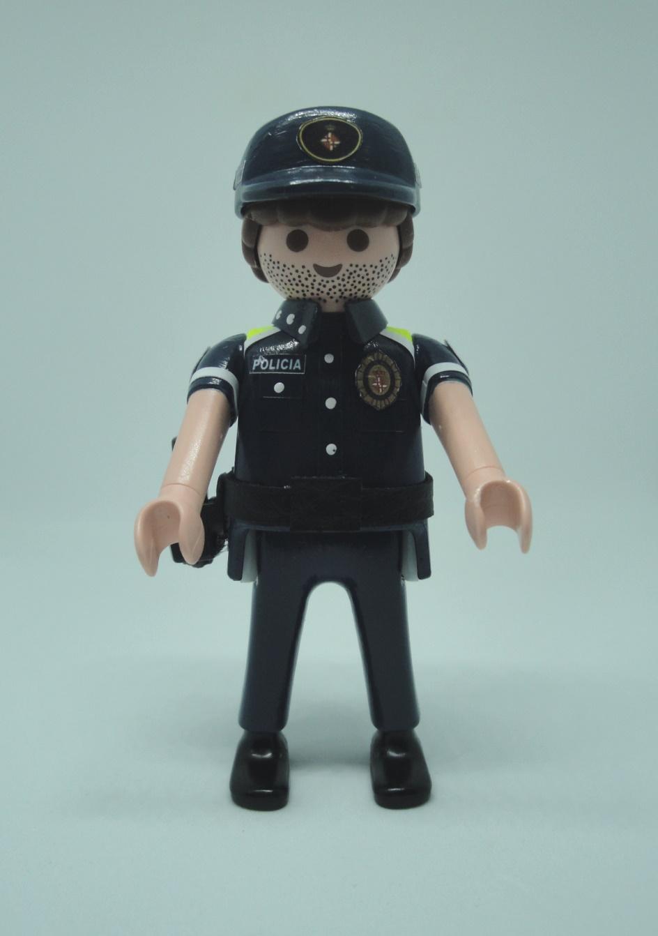 Playmobil personalizado con uniforme de la guardia urbana de Barcelona hombre