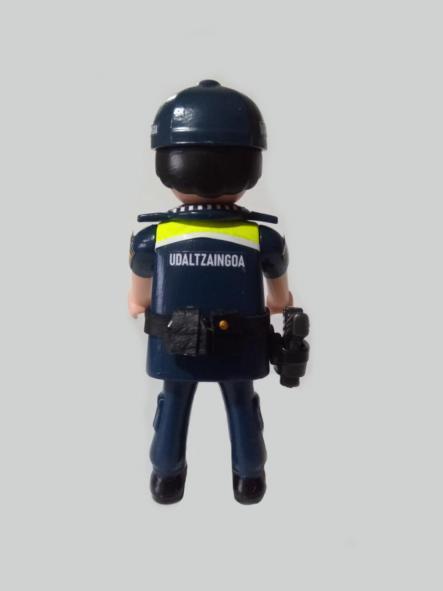 Playmobil personalizado Uniforme Policía Local Udaltzaingoa de Getxo Hombre [1]