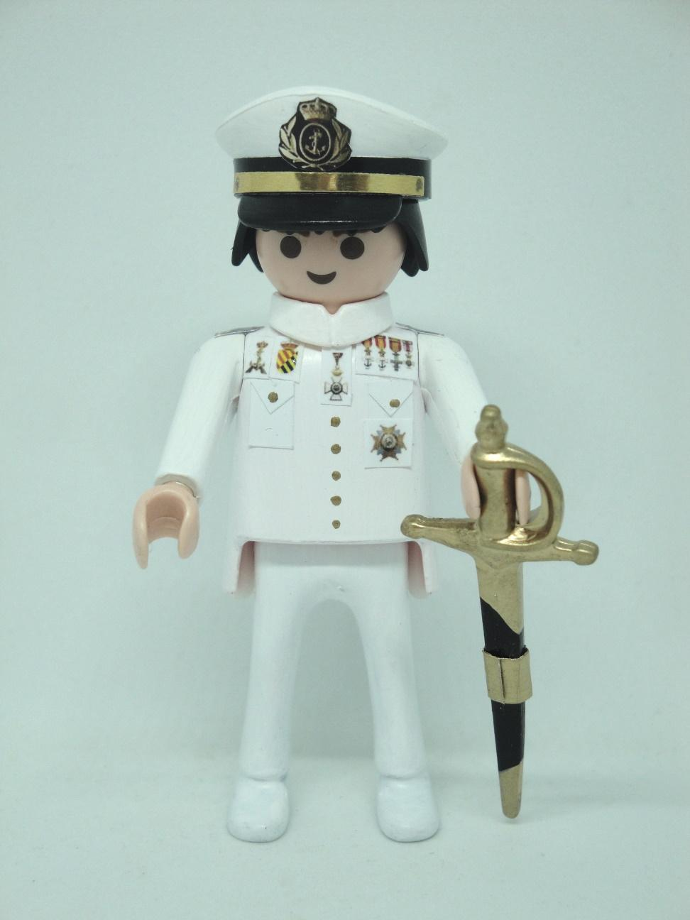 Playmobil personalizado con uniforme de la Armada alférez de marina hombre