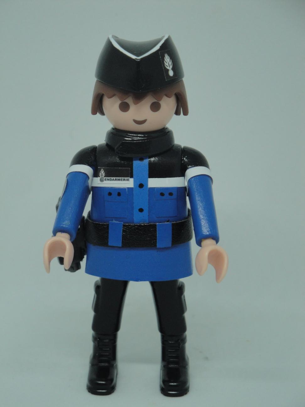 Playmobil personalizado con uniforme de Gendarmerie francesa hombre