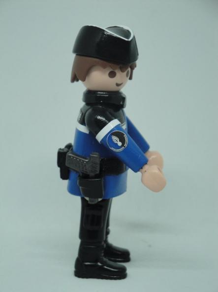 Playmobil personalizado con uniforme de Gendarmerie francesa hombre [2]