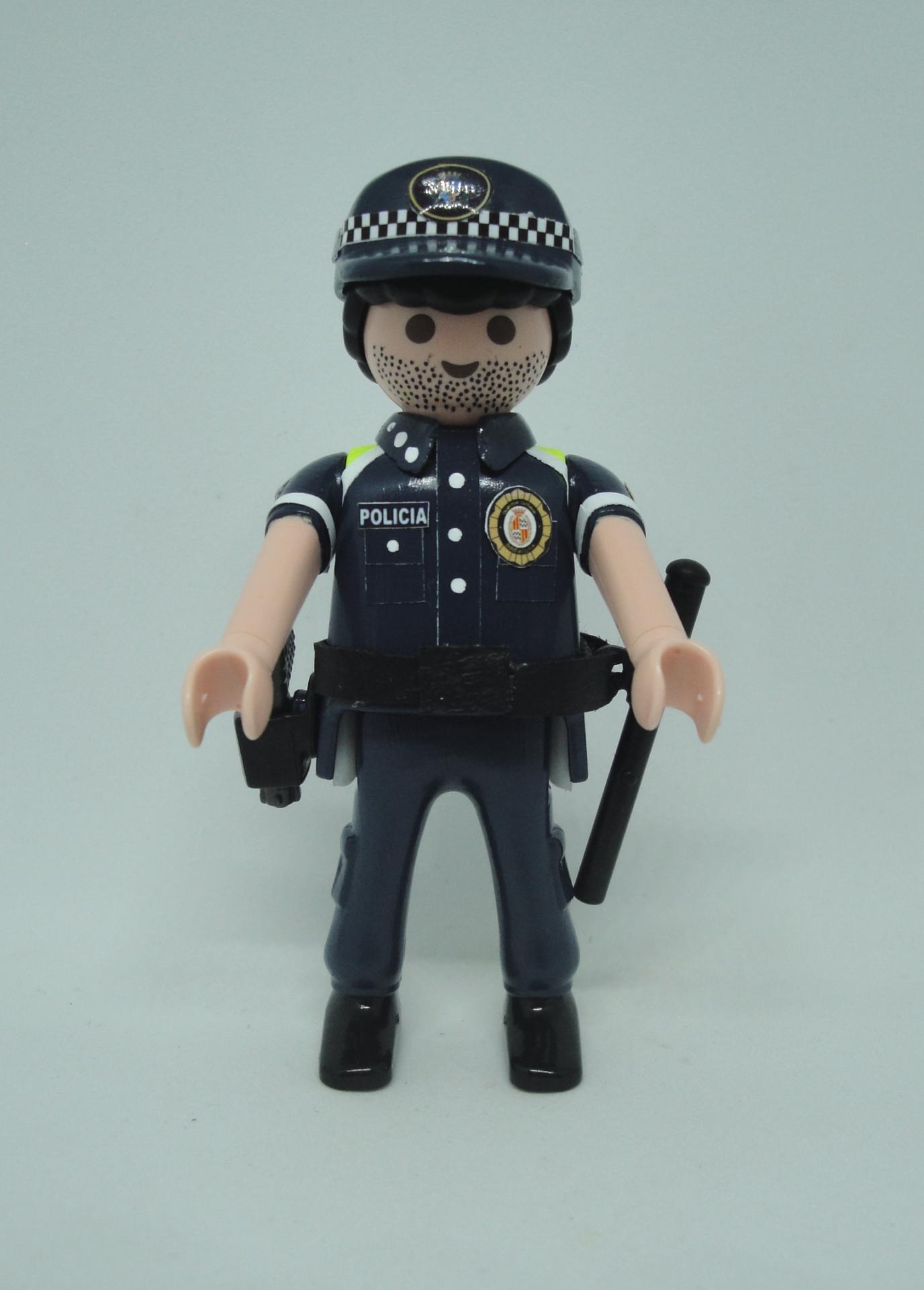 Playmobil personalizado con uniforme de la guardia urbana de Badalona hombre