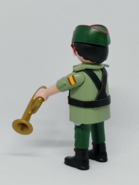 Playmobil personalizado con uniforme de legionario con trompeta hombre  [1]