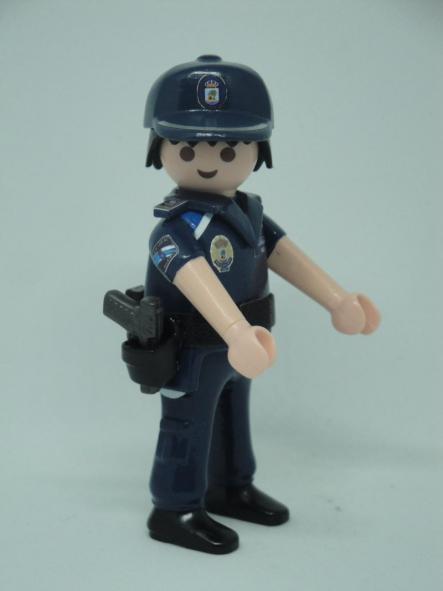 PLAYMOBIL PERSONALIZADO CON UNIFORME DE LA POLICÍA LOCAL DE VIGO HOMBRE [2]
