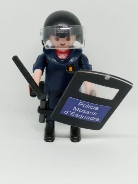 PLAYMOBIL PERSONALIZADO POLICÍA MOSSOS D´ESQUADRA CON UNIFORME DE LA BRIGADA MOBIL HOMBRE