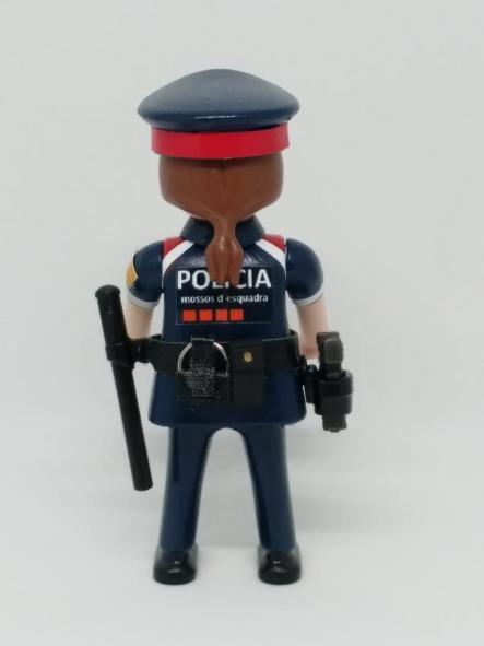PLAYMOBIL PERSONALIZADO POLICÍA DE CATALUÑA MOSSOS D´ESQUADRA NUEVO UNIFORME MUJER [1]