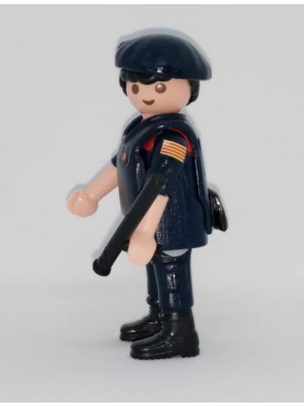 PLAYMOBIL PERSONALIZADO POLICÍA DE CATALUÑA MOSSOS D´ESQUADRA ARRO HOMBRE [2]