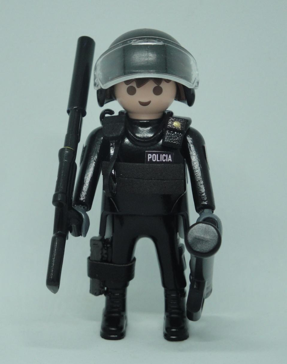 PLAYMOBIL PERSONALIZADO POLICÍA NACIONAL CNP GRUPO ESPECIAL DE OPERACIONES GEO SWAT HOMBRE