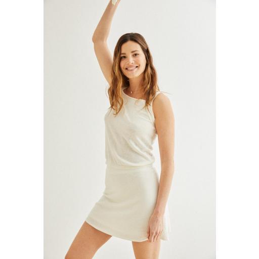 Mini falda de punto blanco