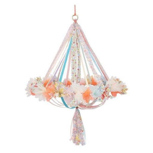 Chandelier de tela floral y liberty