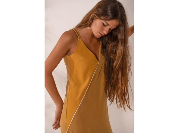 Vestido Indira Mostaza Lima [2]