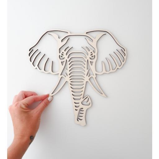 Cabeza animal geométrica [3]