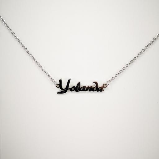 Collar personalizado con nombre Yolanda [1]