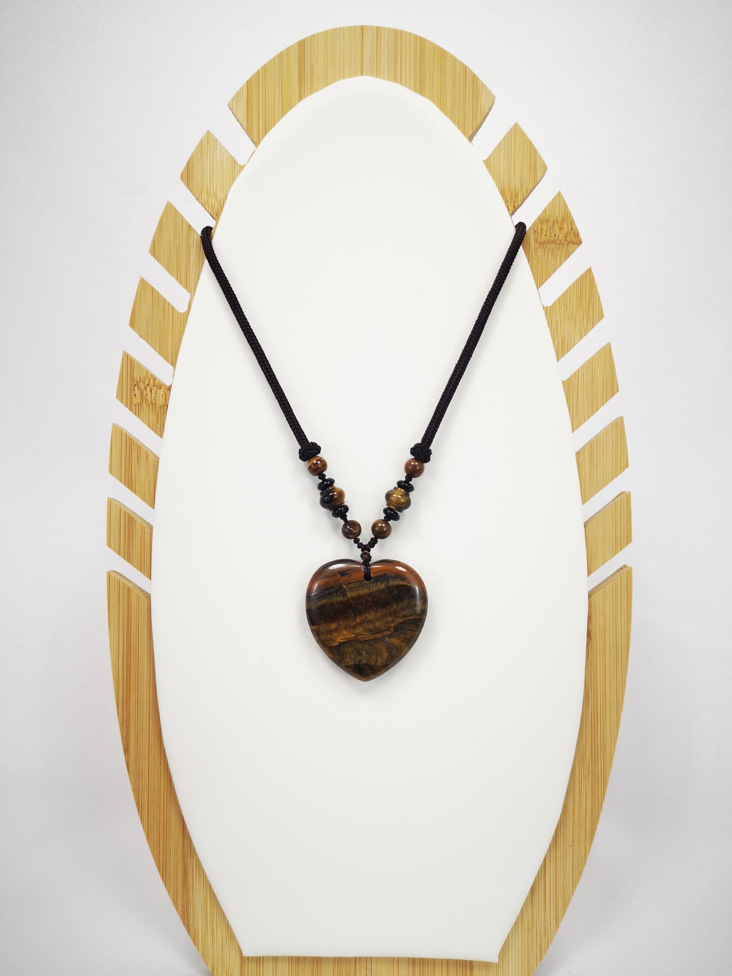 Collar  corazón de cuarzo marrón