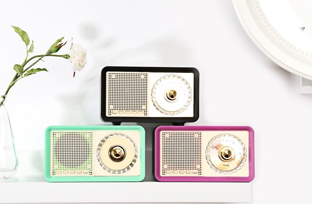 radio vintage tres colores.jpg