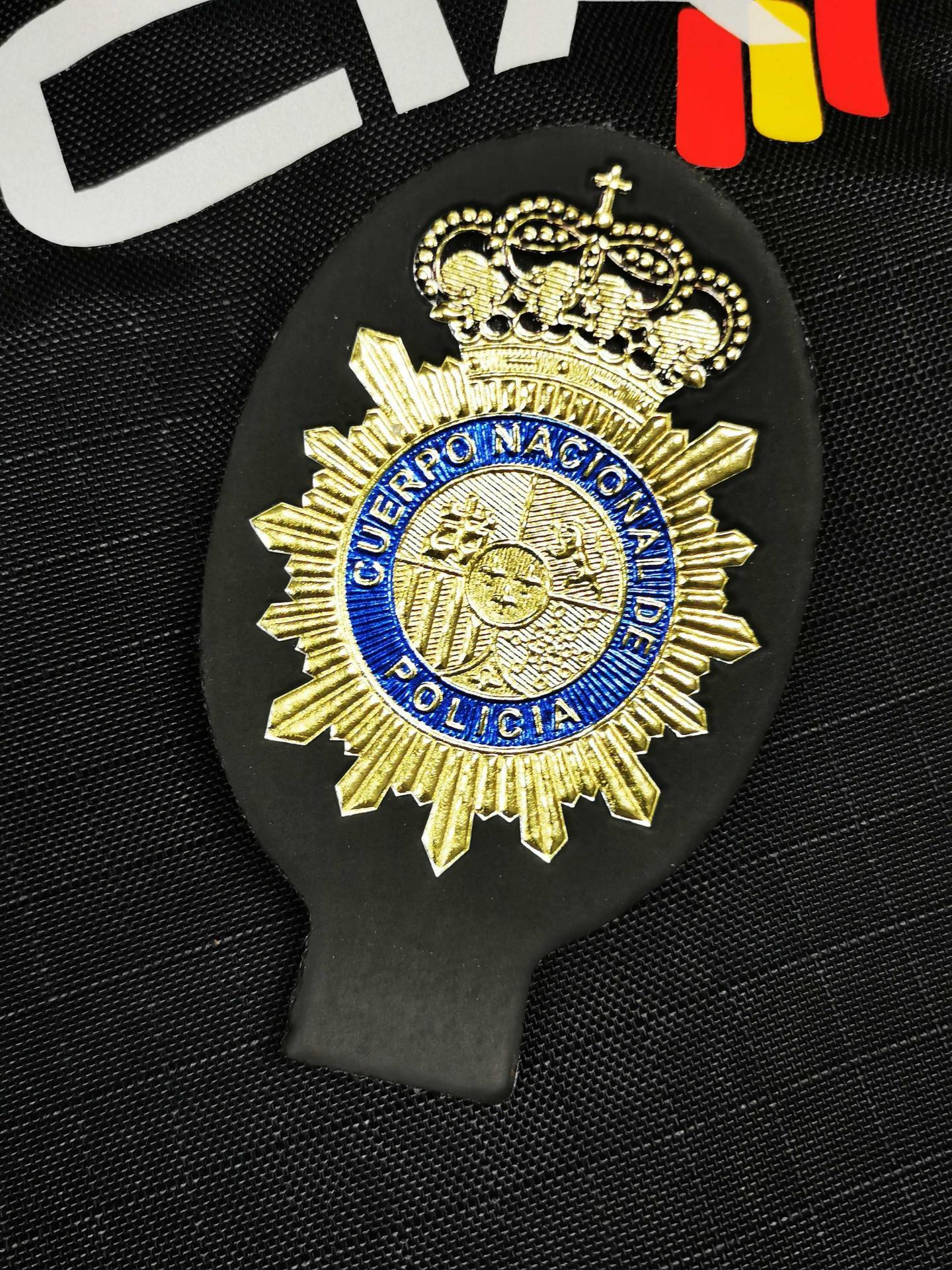 PARCHE PLACA POLICÍA NACIONAL
